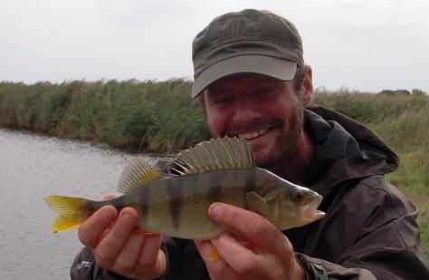 """- Min gode fisk-buddy Jari har begået endnu en herlig """"spot-on""""-artikel"""