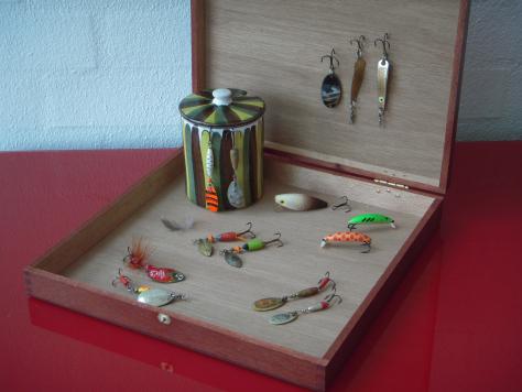 """En kollektion af """"goodies"""" fundet i gemmerne - perfekte til UL-fiskeriet"""